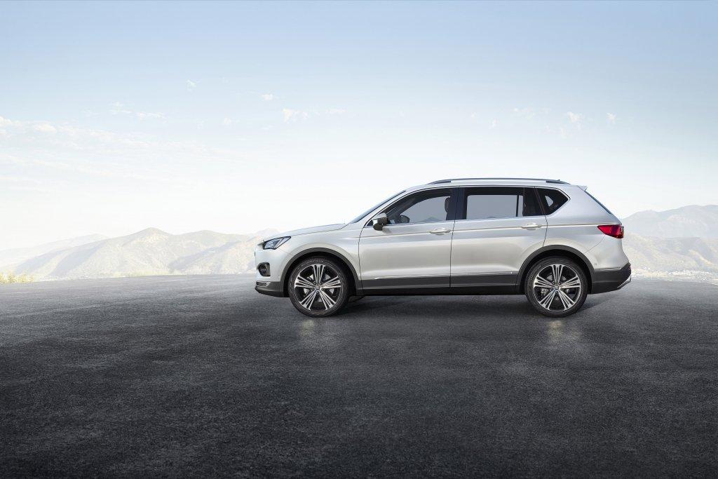 Familienauto Seat Tarraco Seitenansicht weiß