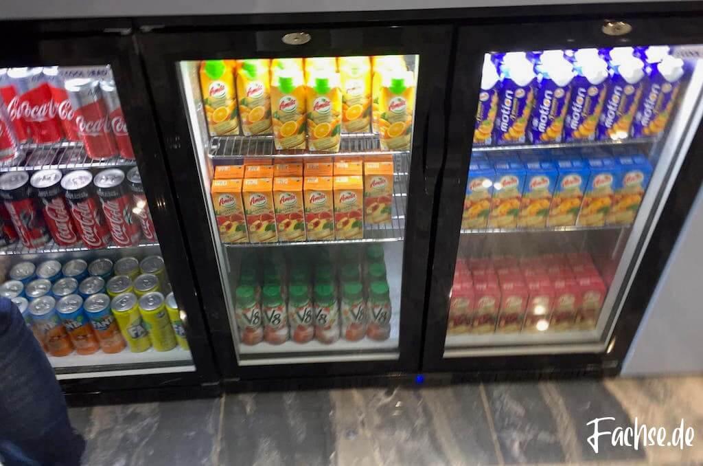 Kühlschrank Softdrinks VIP Lounge Kreta Flughafen