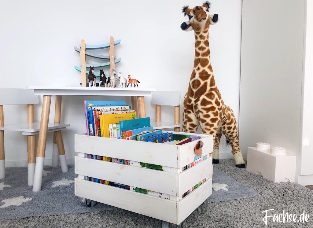 Kinderbuch Junge Kleinkind Bücherkiste DIY Ikea Kiste Giraffe Schleich Östernas Lego